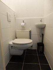 F Toilet